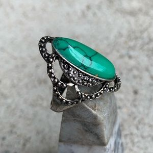 Jewelry - Bold Turquoise Ring Size 9